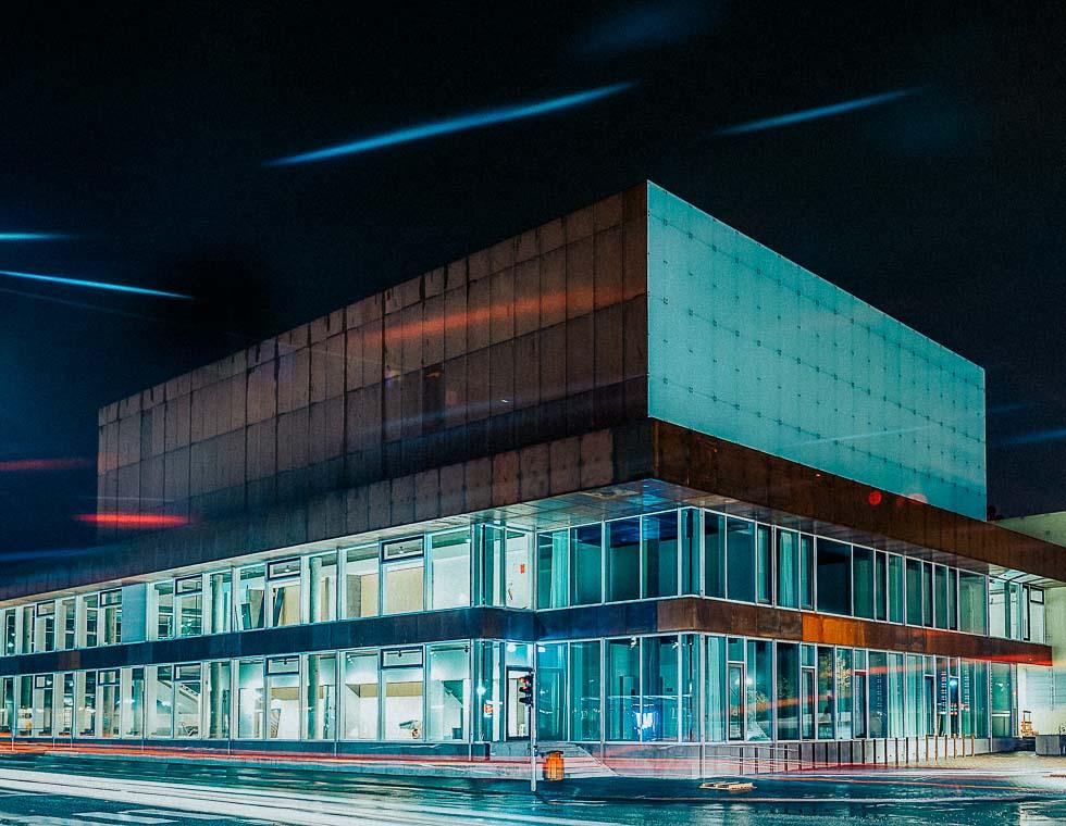 Vendsyssel Teater sikrer moderne kultur Hjørring om aftenen